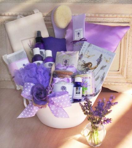 Lavender Gift Set that will make a big, fragrant impression!